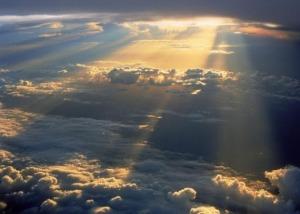 Deus-é-o-criador-do-Céu-e-da-Terra1